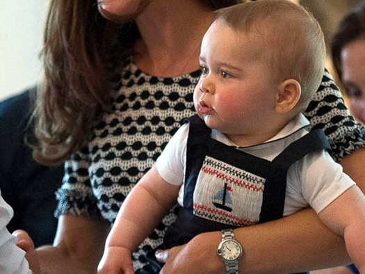 GTY_prince_george_jumper_mar_abcnews.jpg